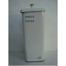 Box pasta wit