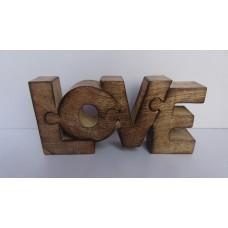 "Hout puzzle ""love"" burnt"