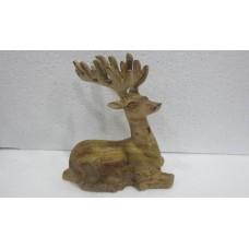 Wood reindeer sitting